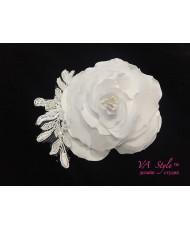 SH 390-1  Нежный белый цветок с кружевом