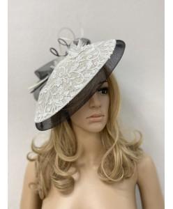 SH 569-1 Шляпка черно-белая с кружевом