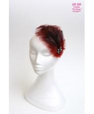 Шляпка с пером страуса в бордовом цвете SH 369