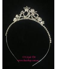 D 083 Обруч-корона Love в серебре