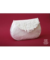 S 061 Белая кружевная сумочка