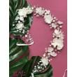 D 130 Веточка-венок с цветами и бусинами