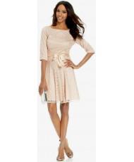 V 179 Платье бежево-персиковое  с рукавами