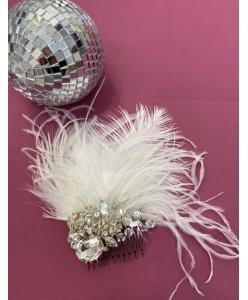 GR 121 Гребень белые перья  со стразами серебро