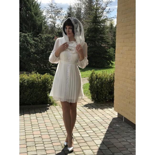 https://www.hatshop.com.ua/2123-9083-thickbox/wd-269-plate-molochnogo-cveta-iz-schifona-s-kruzhevom-s-rukavom.jpg