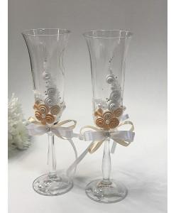 B 059-1iv Свадебные бокалы белые-персик с лепкой и бисером