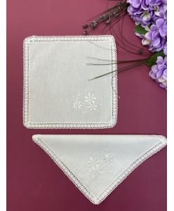 RU 023 Платочки хлопковые белые с вышивкой
