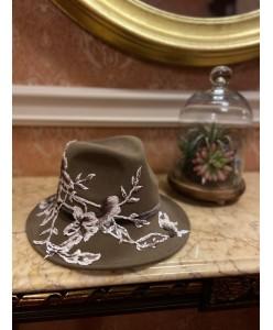 SH fetr 005 Шляпа с вышивкой бежевая