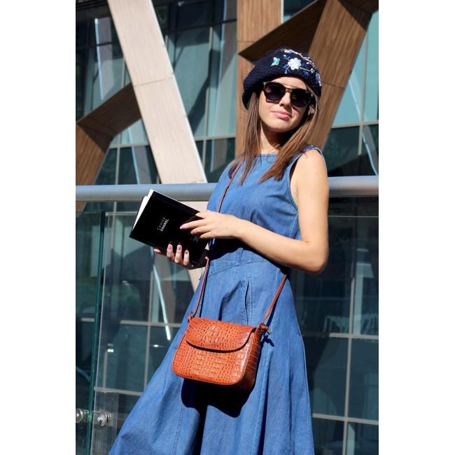 https://www.hatshop.com.ua/2381-9637-thickbox/sh-br-001-blue-beret-siniy-s-vyschivkoy-i-vualyu.jpg