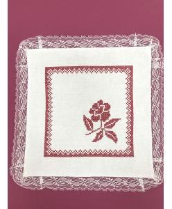 RU 022-red Платочки хлопковые белые с красной  вышивкой