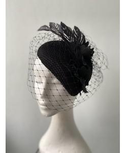 SH 657 Шляпка черная с вуалью