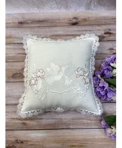 POD 004 Подушка невесты льняная белые голуби