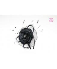 Атласный цветок на обруче в черном цвете SH 360