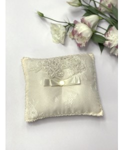 P 023 Свадебная подушечка для колец