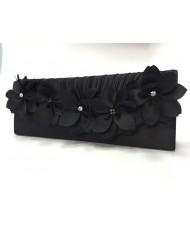 S 043 Атласный клатч черного цвета